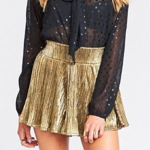 Show Me Your Mumu Gold Shorts size Small